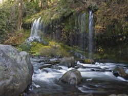 Mossbrae Rocks in Inland Northern California photo gallery